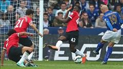 """Chấm điểm M.U sau thảm bại trước Leicester: """"Tội đồ"""" Rafael và Blackett"""