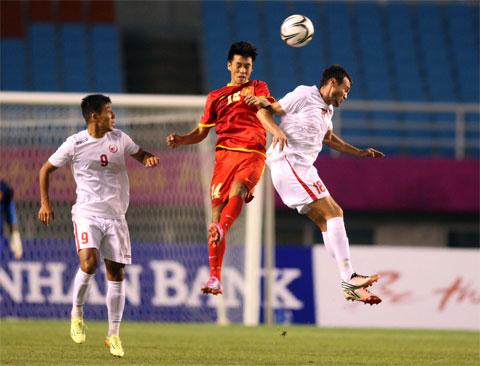 """Olympic Việt Nam: """"Bay"""" trên những... tòa tháp đôi!"""