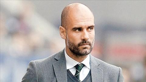 Bayern của HLV Pep Guardiola đã có ngôi đầu sau thắng lợi 4-0 trước Paderborn