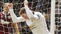 Rooney: Lùi xuống, lùi xuống nữa, và... bật bãi!?