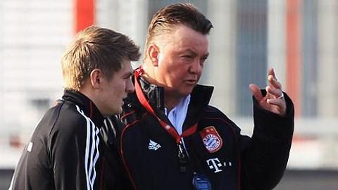 Kroos không hứng thú làm việc với HLV Van Gaal<br />