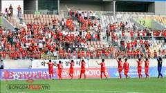 Olympic Việt Nam xúc động trước tình cảm của CĐV xa xứ