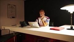 """Bí ẩn căn phòng """"bày mưu tính kế"""" của Guardiola"""