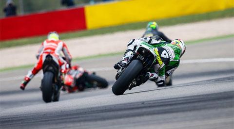 MotoGP chặng 14: Vận đen đeo bám Marc Marquez