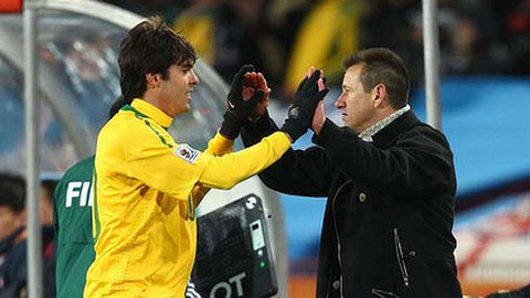 Kaka có xứng đáng được trở lại ĐT Brazil?