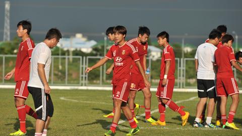 Đột nhập buổi tập của U19 Trung Quốc