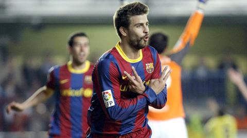 Pique giúp hàng thủ Barca chắc chắn hơn