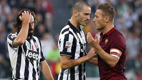 """Totti: """"Trận đấu với Juve đã bị dàn xếp"""""""