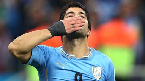Suarez tỏa sáng sau 3 tháng không đá bóng đỉnh cao