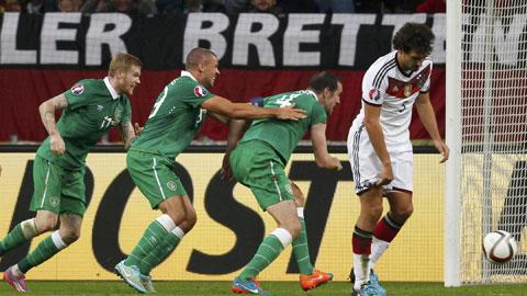 Đức 1-1 Ireland: Nhà VĐTG lại vấp ngã