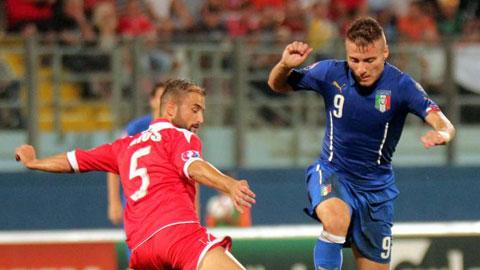 Tại sao Italia chỉ thắng sát nút?
