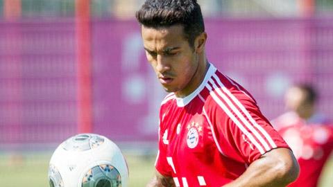 Thiago Alcantara lại nghỉ dài hạn