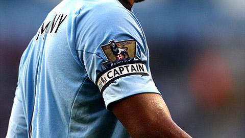 Ai là thủ quân vĩ đại nhất Premier League mọi thời?