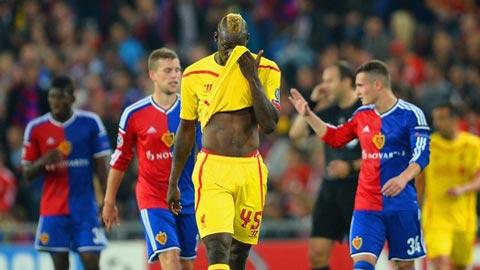 Vấn đề ở Liverpool: Balotelli ăn hại và hàng thủ thiếu thủ lĩnh