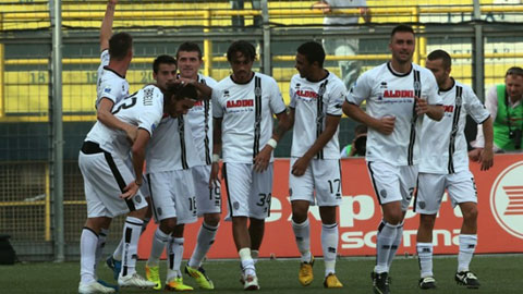 0h00 ngày 27/10: Cesena vs Inter