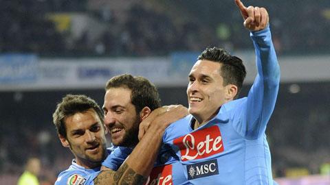 0h00 ngày 27/10, Napoli vs Verona: Napoli tăng tốc!