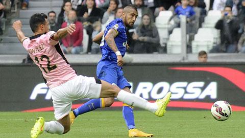 Juventus 2-0 Palermo: Ngựa vằn bước thong thả