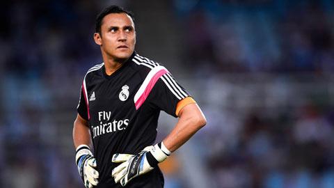 Thủ môn Real Madrid bị cảnh sát theo dõi trái phép