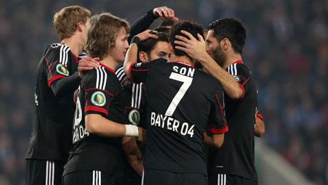 Vòng 2 cúp QG Đức 2014/15: Leverkusen thoát hiểm khó tin