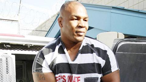 Mike Tyson từng bị xâm hại tình dục
