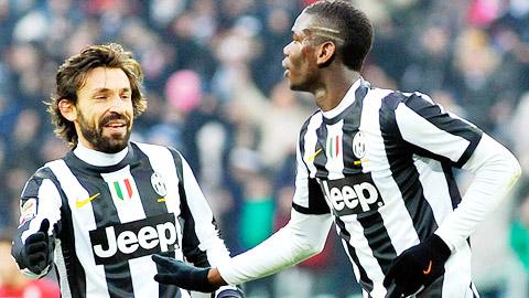 Pirlo (trái) và Pogba góp công lớn giúp Juve giành 3 điểm quý giá