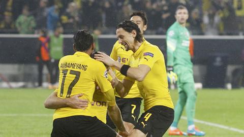 Dortmund vào vòng knock-out sớm 2 lượt đấu: Tấm vé của niềm tin!