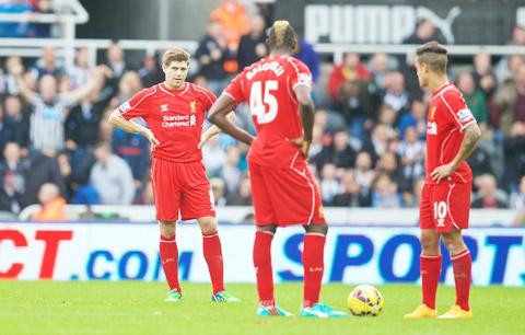 """Liverpool thua trận: Sai lầm """"sơ đẳng"""" của Rodgers"""