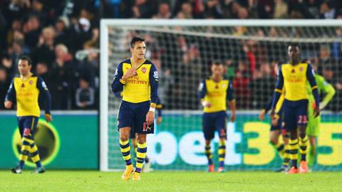 Arsenal: Chuyên gia đánh rơi điểm