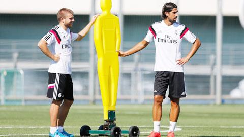 """Milan vơ vét """"hàng thải"""" La Liga"""