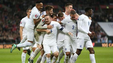 HLV Hodgson chê học trò dù ĐT Anh thắng đậm