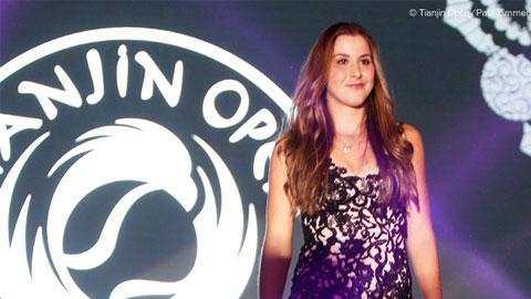 "Belinda Bencic: ""Sao mai"" trên bầu trời WTA"