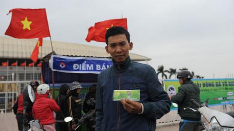 """Ngày đầu bán vé AFF Suzuki Cup 2014 tại quầy: Bình yên trước """"bão"""""""
