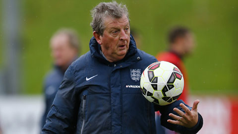 ĐT Anh: Hodgson loay hoay với hành lang phải
