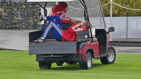 """Lahm chấn thương nghỉ 3 tháng: Bayern oằn mình chống """"bão""""!"""
