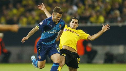 Wilshere nên được đá trụ ở Arsenal