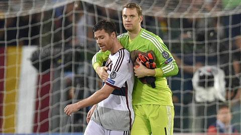Xabi Alonso và Manuel Neuer là đối tác hoàn hảo của nhau