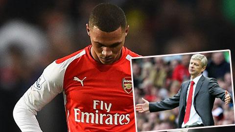 HLV Wenger trách Arsenal phòng ngự ngây thơ