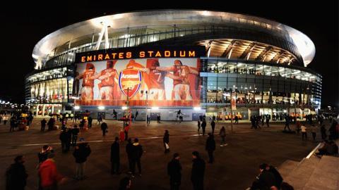 Premier League có thể diễn ra vào đêm thứ Sáu