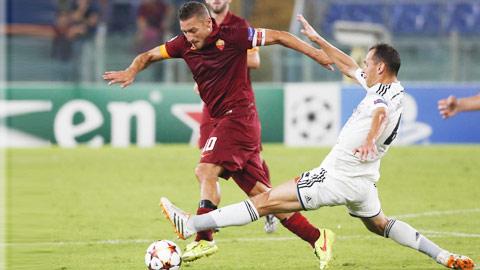 Lợi thế sân nhà và thời tiết lạnh giá có thể giúp CSKA Moscow (áo trắng) đánh bại Roma