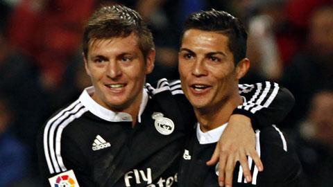 Khi Ronaldo đáp trả Platini
