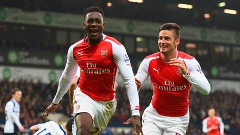 """Góc nhìn: Welbeck sẽ hài lòng dù bị """"dí"""" đá tiền đạo cánh ở Arsenal"""