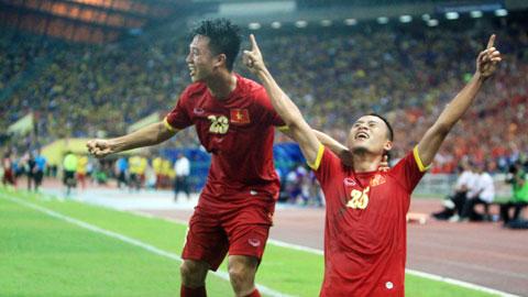 Huy Toàn, Ngọc Hải và đồng đội đã có một trận đấu vô cùng tuyệt vời - Ảnh: Phan Tùng