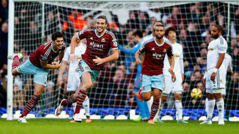 Toàn cảnh bóng đá châu Âu: West Ham thắng ấn tượng, Milan chịu thất bại thứ 3