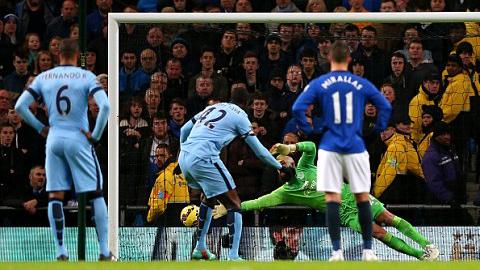 Man City 1-0 Everton: Giá đắt cho chiến thắng
