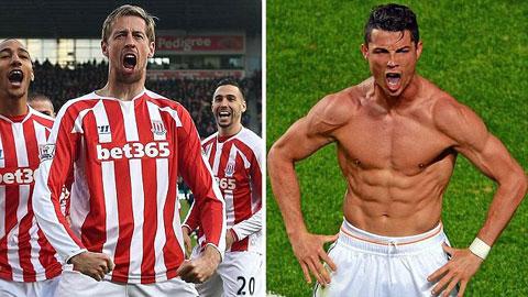 Crouch bắt chước ăn mừng như… Ronaldo