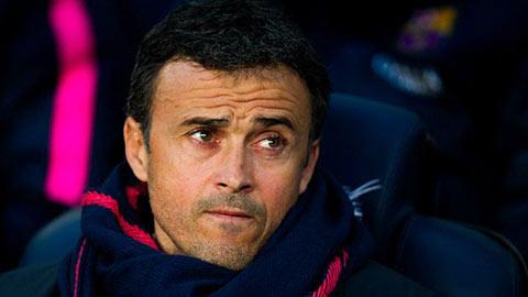 Thầy Enrique hồ hởi vì trò Messi quá xuất sắc