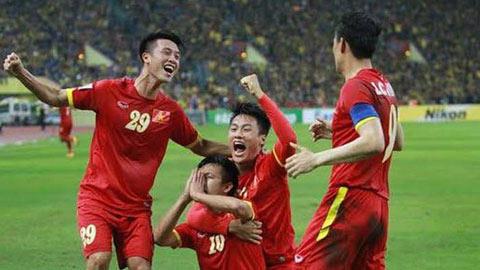 ĐT Việt Nam giành lợi thế lớn sau khi đánh bại Malaysia ở trận bán kết lượt đi AFF Suzuki Cup 2014