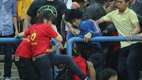 NHM Malaysia chân chính xấu hổ vì hooligans nước nhà