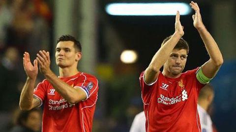 Đã có xung đột giữa Gerrard và Lovren (trái)