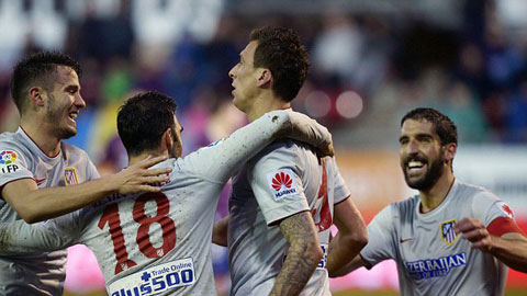 Eibar 1-3 Atletico: Ngày của Mandzukic